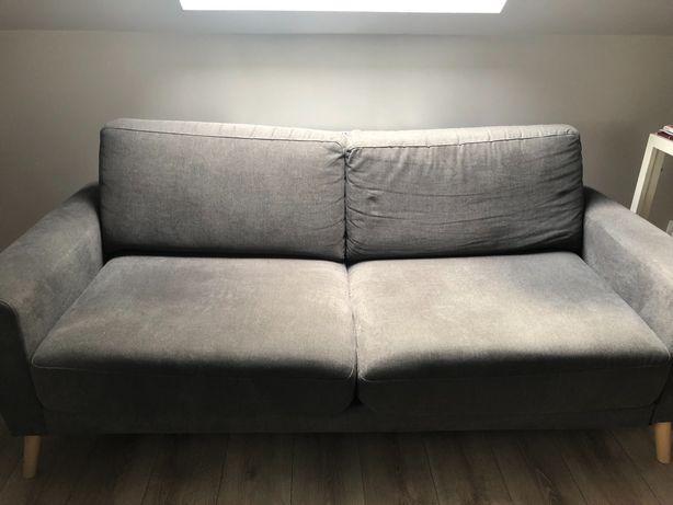Szara komfortowa sofa