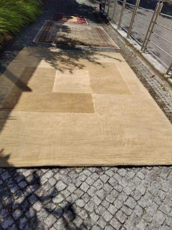 Carpete castanha 1,98mt x 2,98