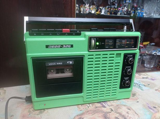 Магнитола Вега 326 1982 г 88-108МГц