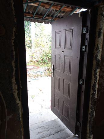 Входная дверь на дачу