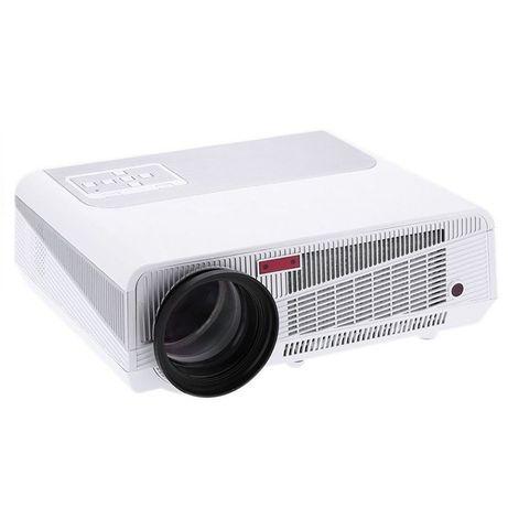 Projektor jak nowy i ekran 250 x 250 cm na trójnogu gratis