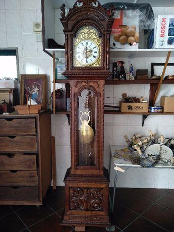 1 relógio reguladora Alto - antigo