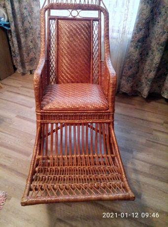 Крісло качалка із лози кресло качалка