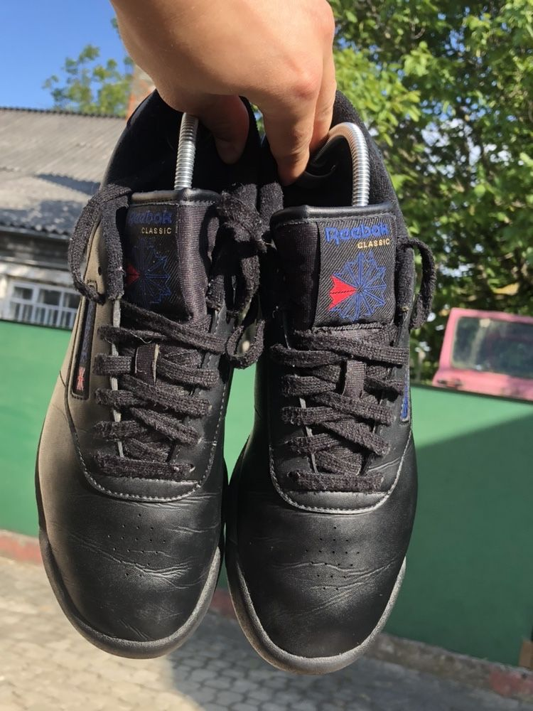 Кроссовки Reebok Classic 39 кеды nike adidas puma