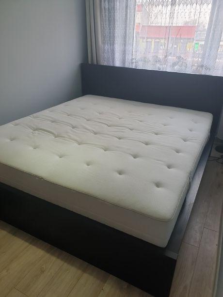 kompletne łóżko z materacem dwuosobowe