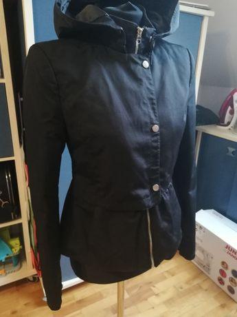 Kurtka czarna Zara