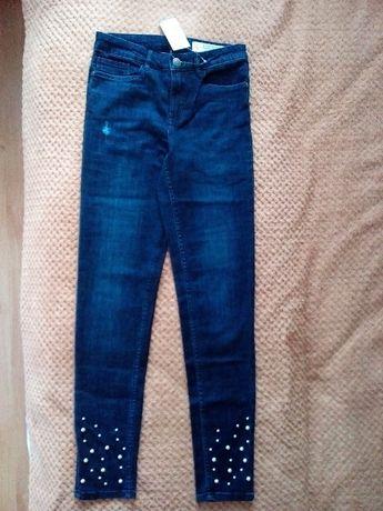 Продам нові джинси.