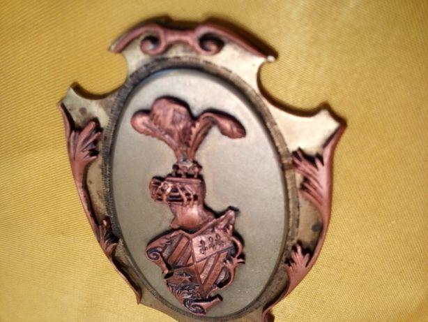 Herb. Stary brąz. 7,5x5 cm. 3 różne metale.