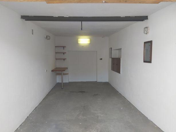 Garaż murowany Klimontów  18 m2