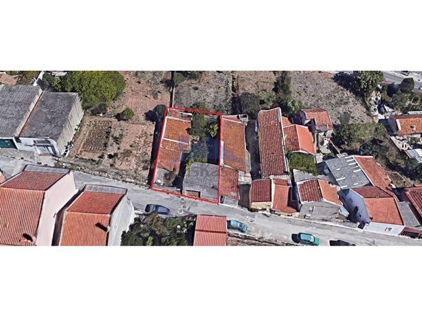 Terreno no Casal do Rato, Pontinha, em Famões