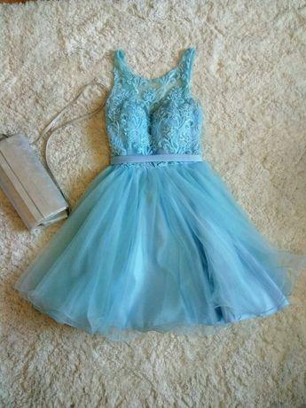Sukienka błękitna tiulowa