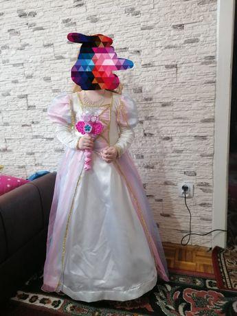 Sukienka księżniczki na balik