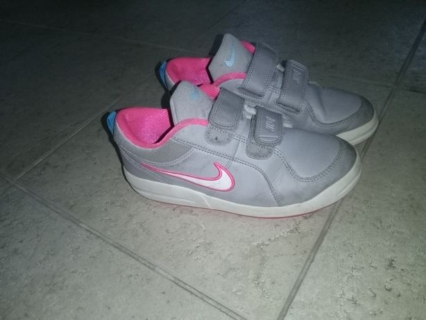 Sapatilhas Nike menina impecável
