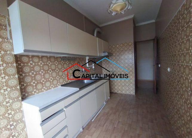 Apartamento T3 com elevador - Miratejo  (FC)