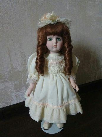 Керамическая кукла. Состояние новой!