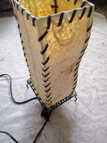Лампа настольная стильная
