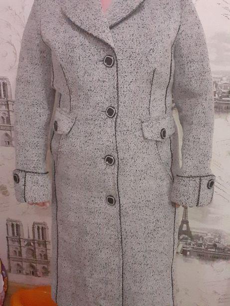Продам терміново кашемірове пальто