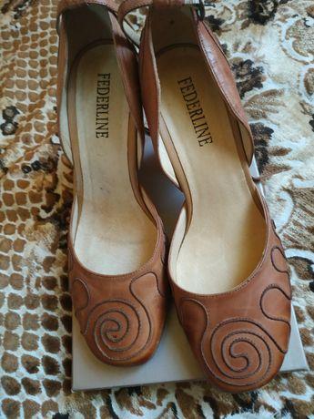 Женские туфли 39размер