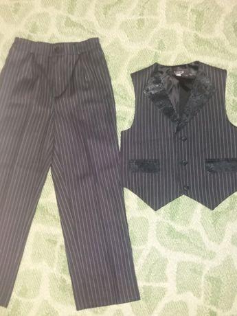 Костюм:брюки+жилет