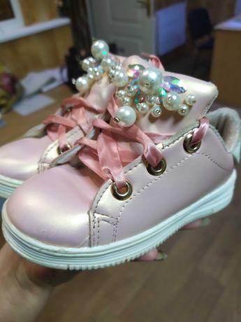 Классные туфельки на девочку