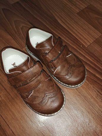 Обувь  для мальчика (новая)