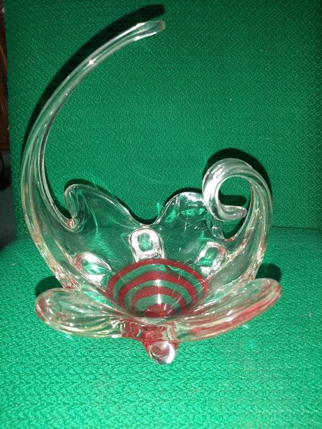 Kolekcjonerskie szkło dekoracyjne koszyczek