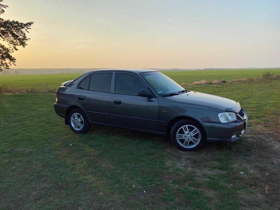 Автомобиль Hyundai Accent 2002 г.в. Светловодск - изображение 1
