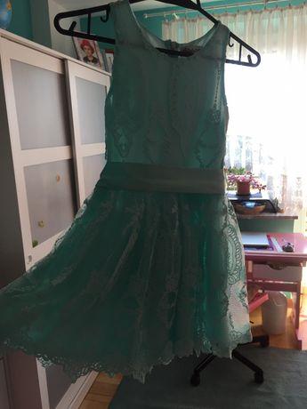 Sukienka Mała Mi r. 122/128 bdb miętowa koronka