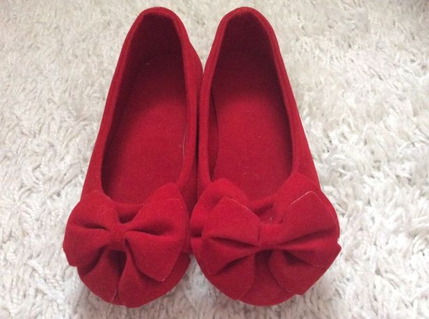 Sapatos menina t27/28 novos