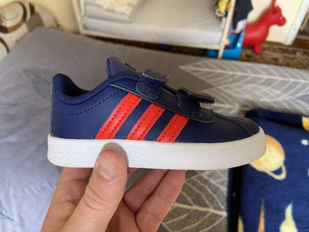 Кросівки кросовки Adidas nike