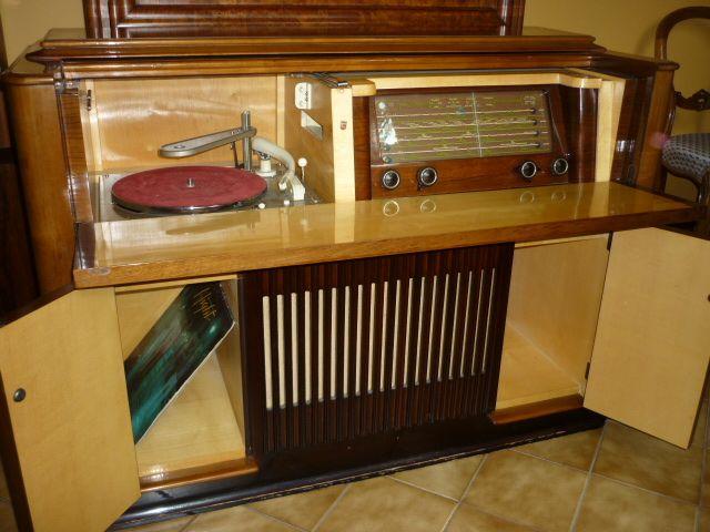 Radiola Philips Typ FX824 A/19