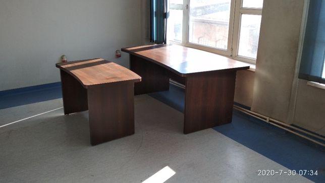 biurko gabinetowe z przystawką