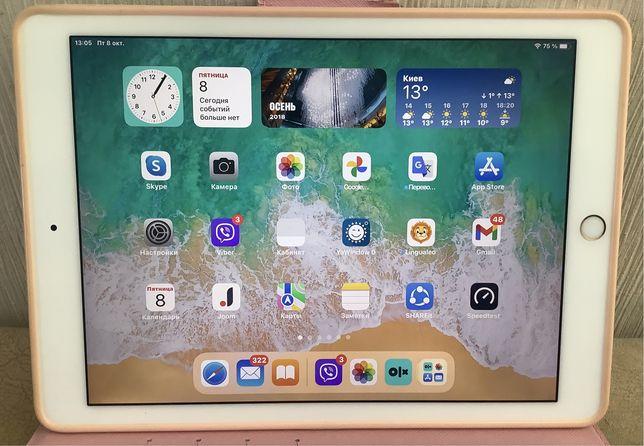 Продаю iPad Pro 9,7 WI-FI 128GB Gold модель MLMX2  (A1673)