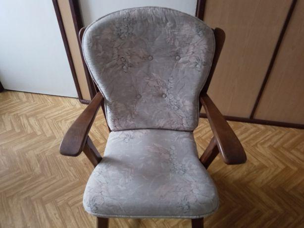 Sprzedam Stary fotel wiekowy