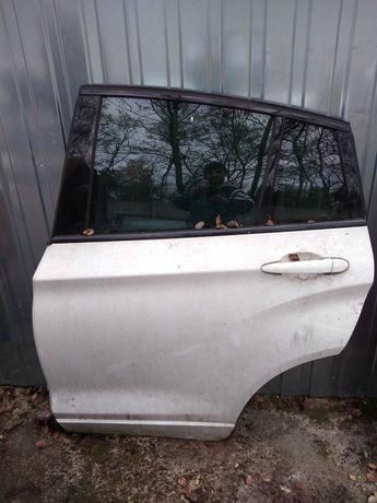 Bmw x4 drzwi tylne lewe tył tylnie białe ładne kompletne