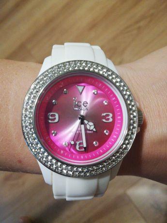 Zegarek ICE WATCH różowy biały. Nietrafiony prezent.