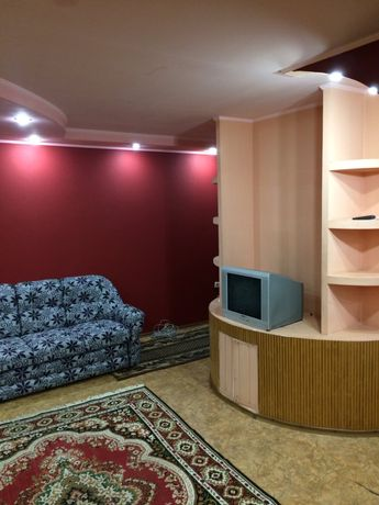 Свободна отличная квартирка халаменюка  4500