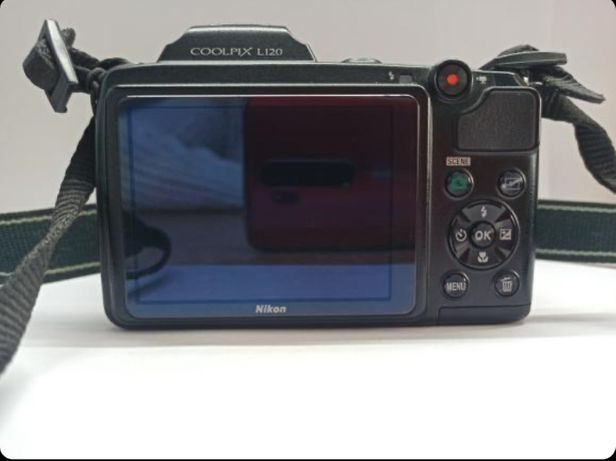 Фотоаппрат Nikon L120