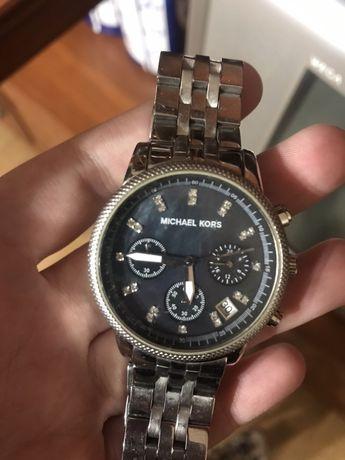 Обменяю на ваши предложения!!! Предлагаю дорогие часы Майкл корс !!
