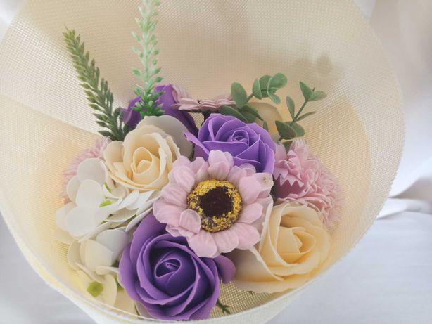 Bukiet kwiaty dla nauczyciela prezent dekoracja