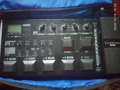Продам Гитарный процессор Korg ax 3000g