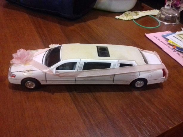 Продам машинку лемузин