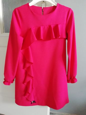 Czerwona sukienka r.152