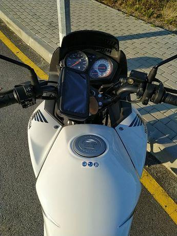Honda CBF125 como nova