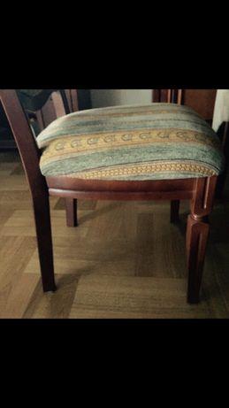 Krzesła drewniane koniakowe