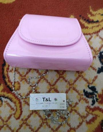 Różowa torebka z łańcuszkiem dla dziewczynki nowa