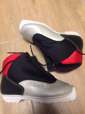 Dziecięce buty biegowe- praktycznie nowe Hartjes wkładka 20cm