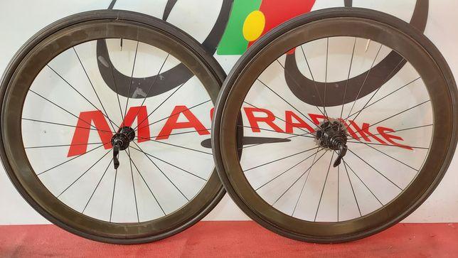 Rodas Reynolds de carbono
