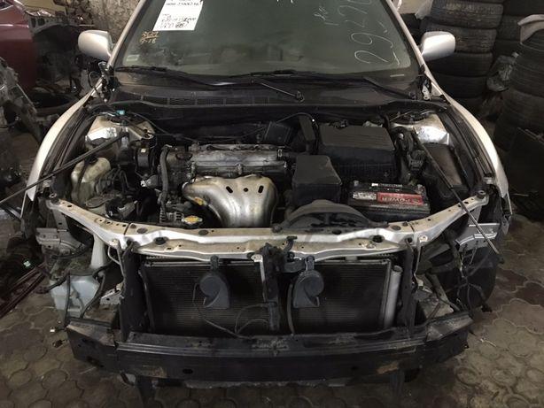 Амортизатор радиатор диффузор коллектор кулак полуось Toyota Camry 40