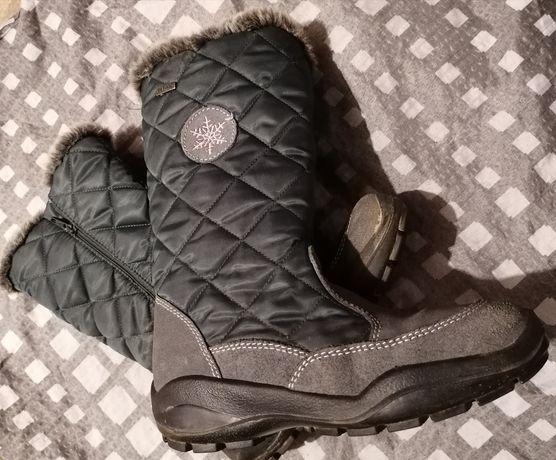 Zimowe buty r. 36